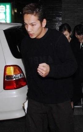 takahiro-okazawa-2.jpg